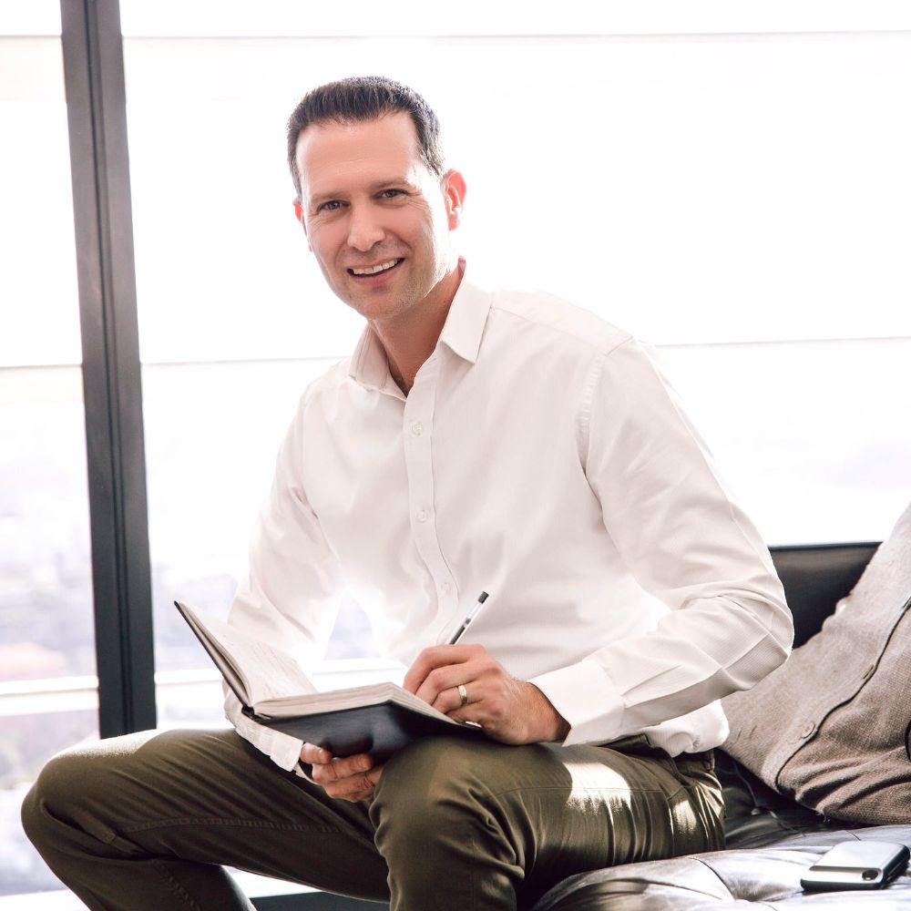 Ilan Leshetz, Partner at Oaktree Talent Group